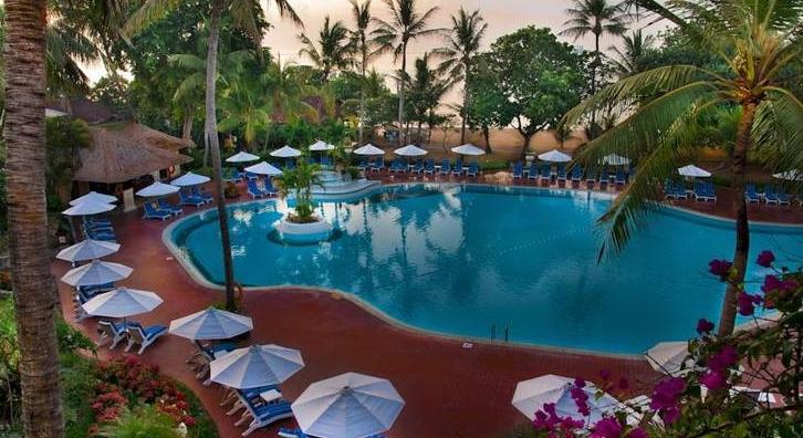 Hotel Prama Sanur swimmingpool