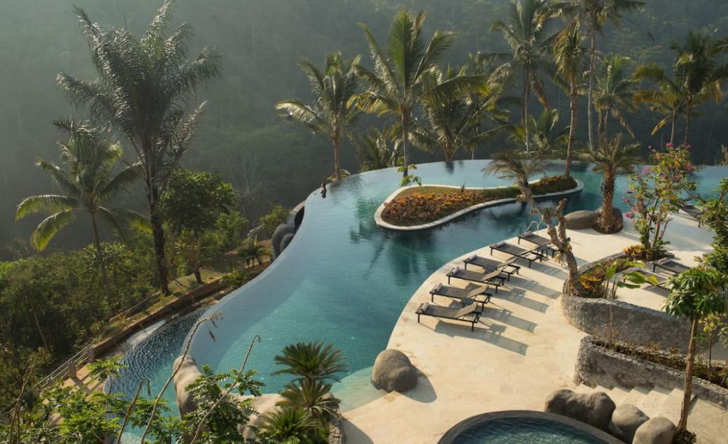 Padma Resort ubud Bali swimming pool