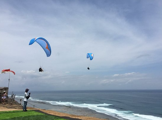 Paragliding in Timbis beach