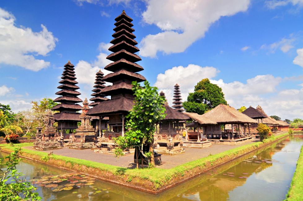 Taman Ayun Temple bali water