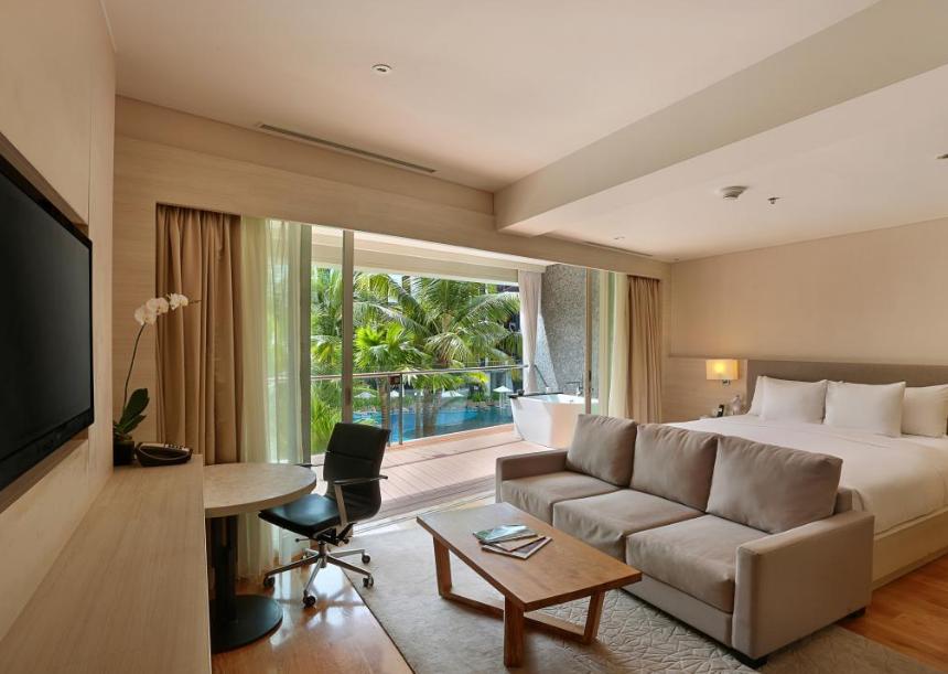 The Stones Legian Bali Hotel room