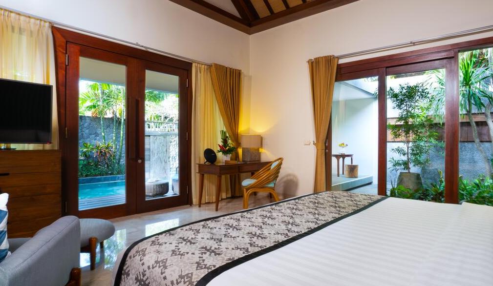 room 5-star hotels Inaya Putri Bali Nusa Dua back