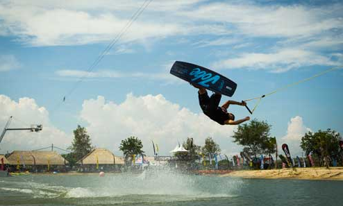 wakeboard tanjung benoa bali attraction