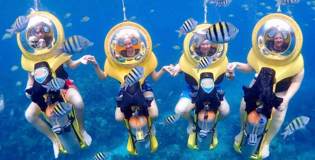 Bali underwater scooter family