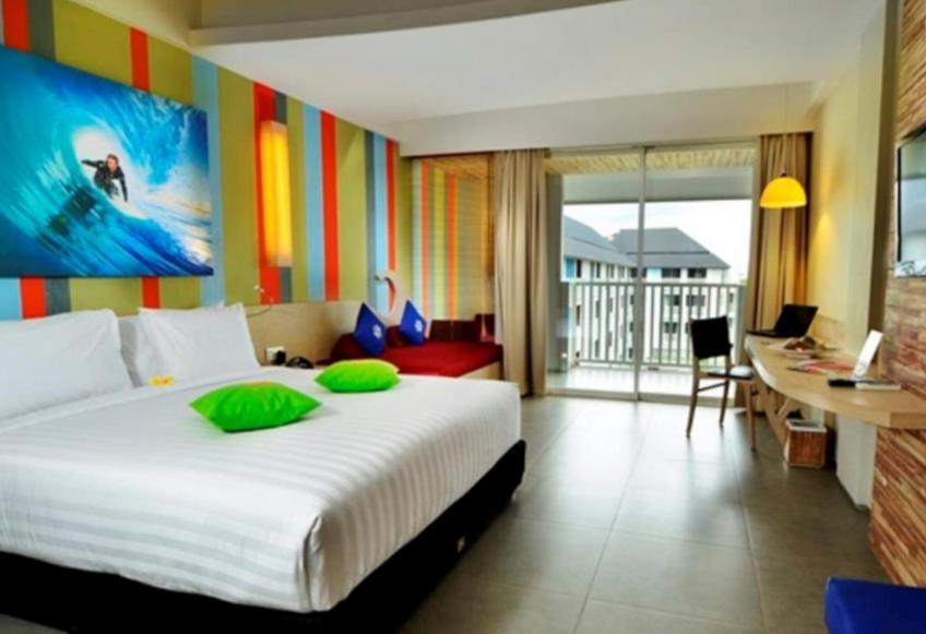 Bliss Surfer hotel at Legian room