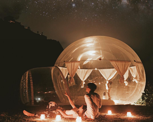 Bubble hotel Pecatu couple honeymoon
