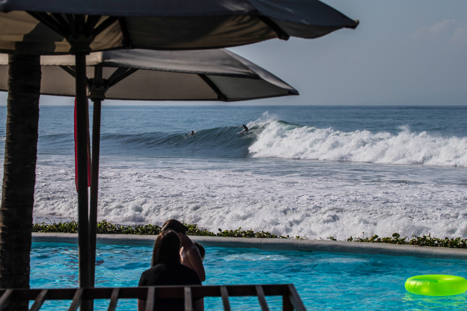 Gianyar Keramas Beach Bali coupleg