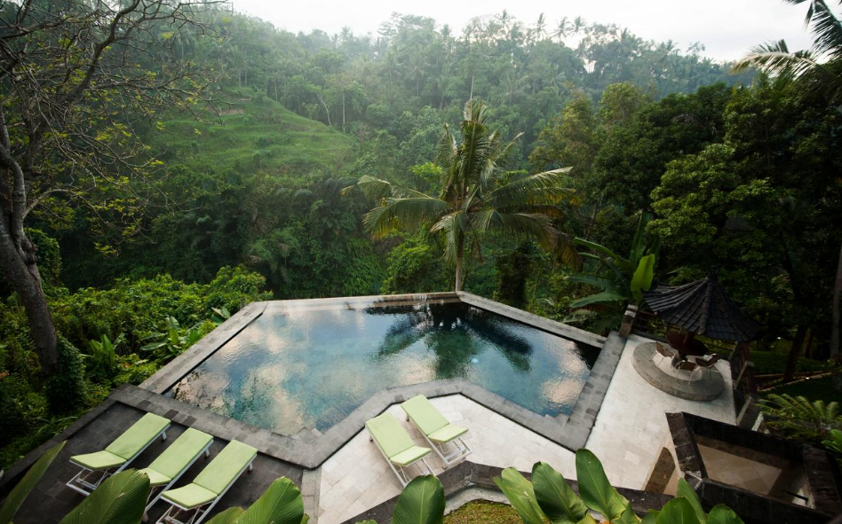 Hotel Beji Ubud Resort swimming pool