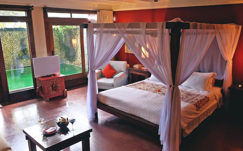 Hotel Tugu Bali bathroom