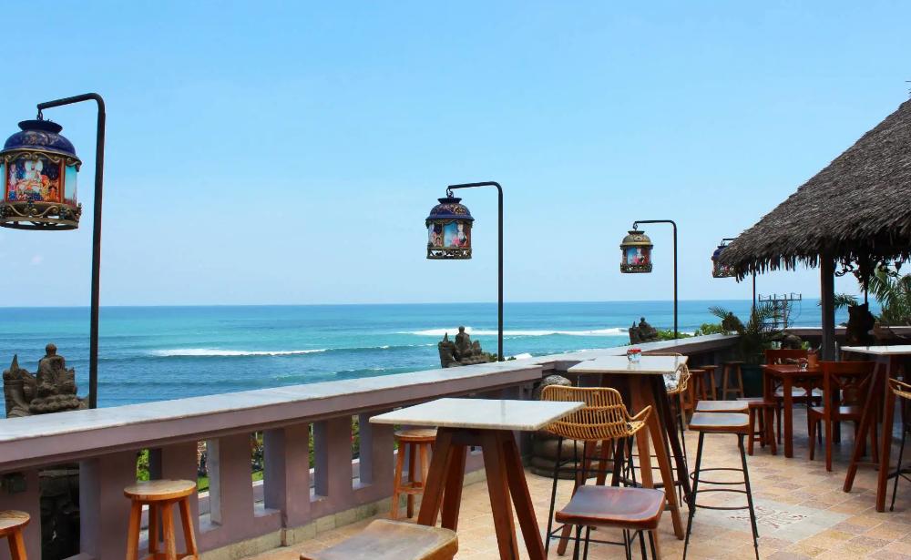 Hotel Tugu Bali resto beach