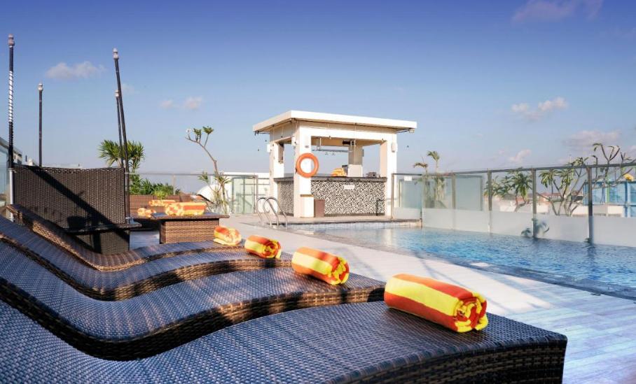 Hotel Zia Bali Seminyak swimming pool