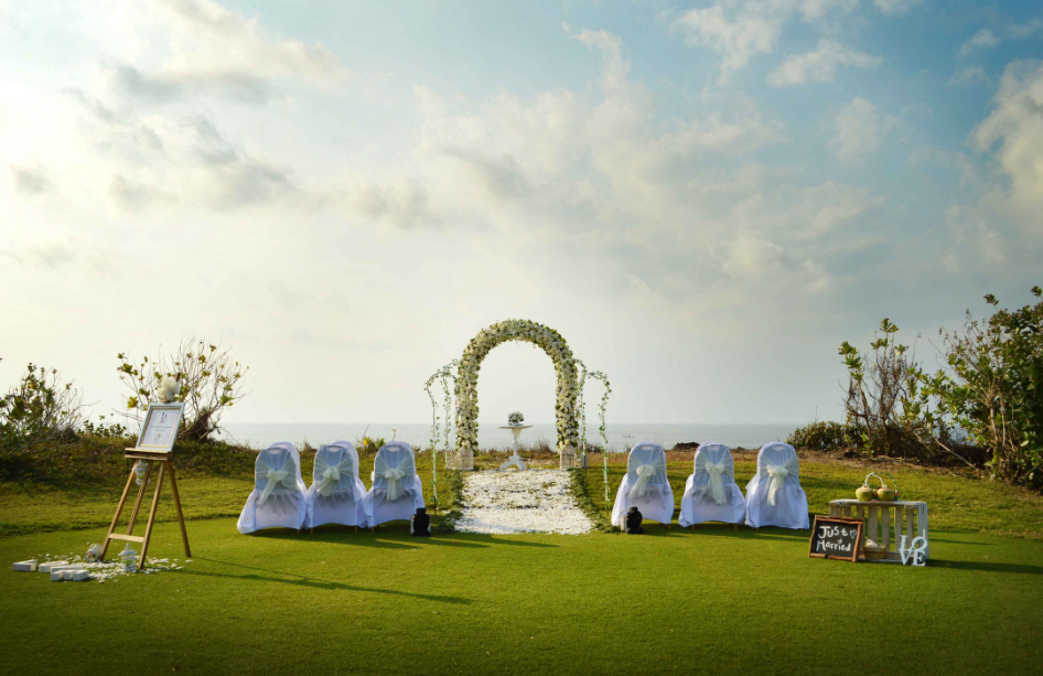 New Kuta Golf Uluwatu Bali wedding