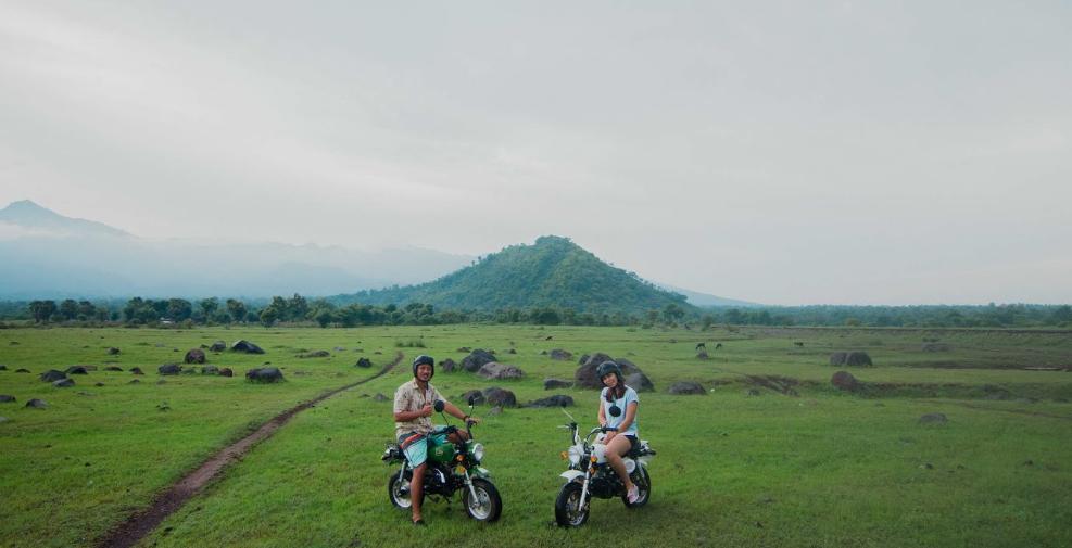 Savana Tianyar Karangasem Bali couple motorcylce