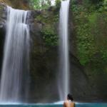 Tibumana Waterfall woman2