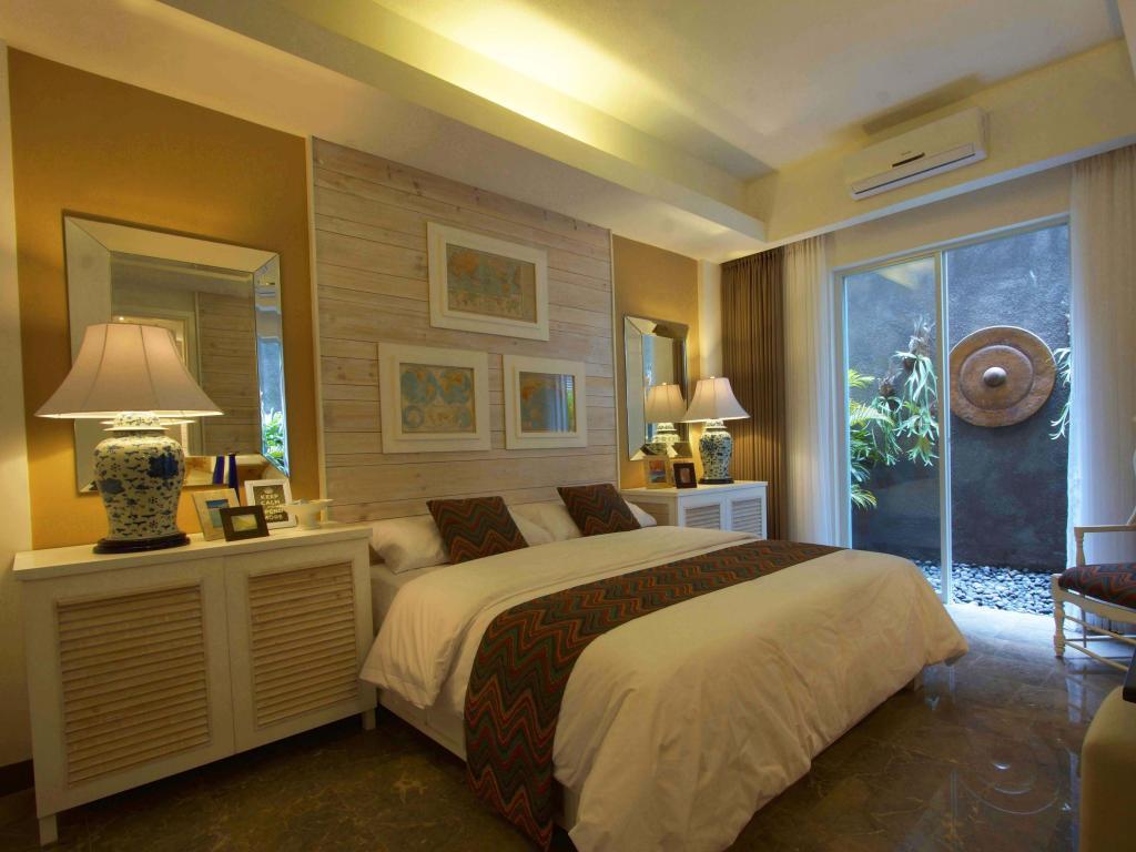 Hotel Summerhome Umasari seminyak bali bed room 2