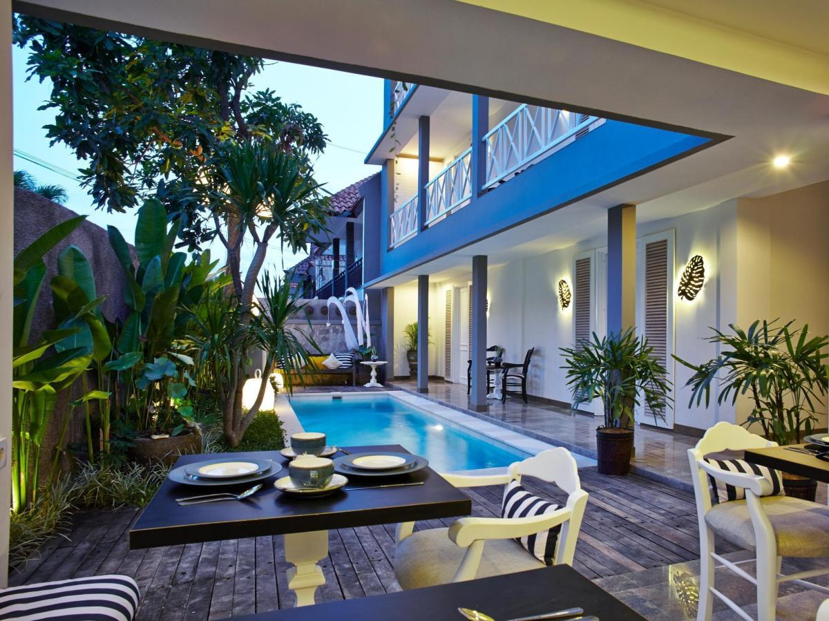 Hotel Summerhome Umasari seminyak bali mini pool