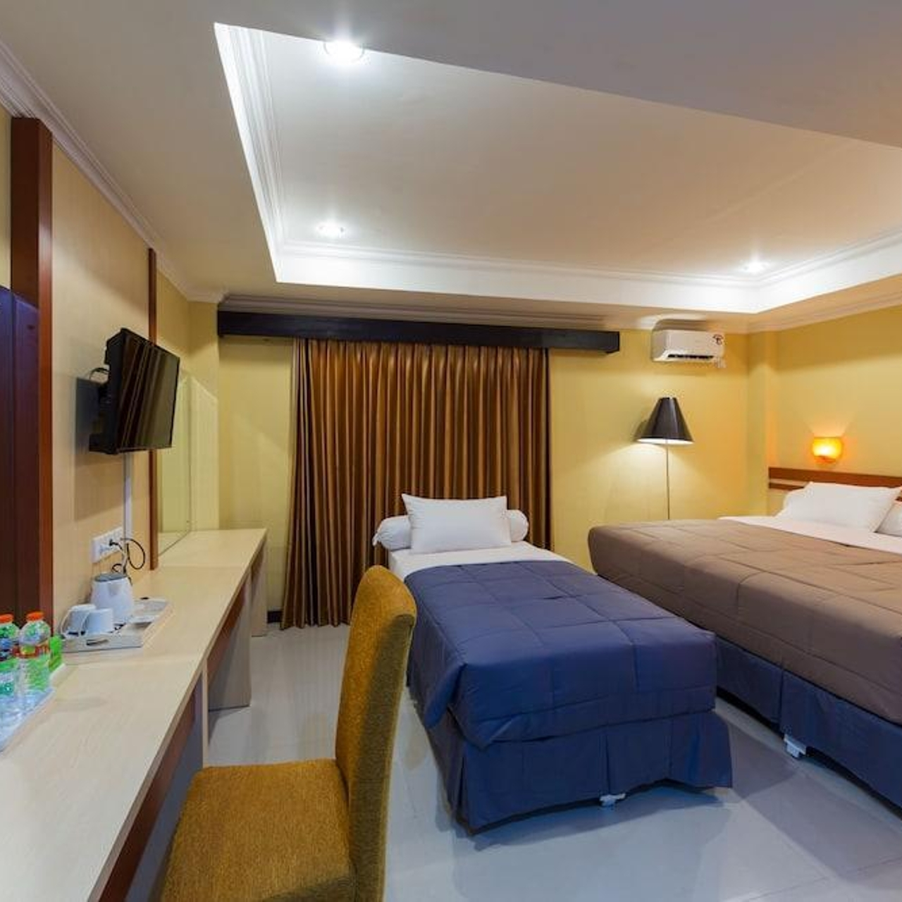 bed room 3 Sylvia Bali Suite Residence hotel three star in bali denpasar