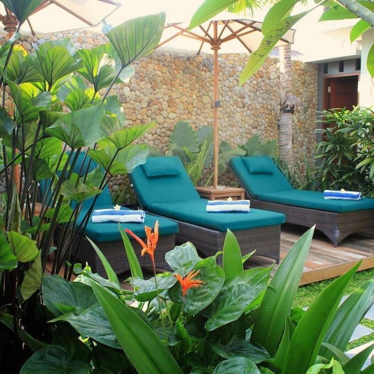 uma karan hotel seminyak bali swimming pool 1