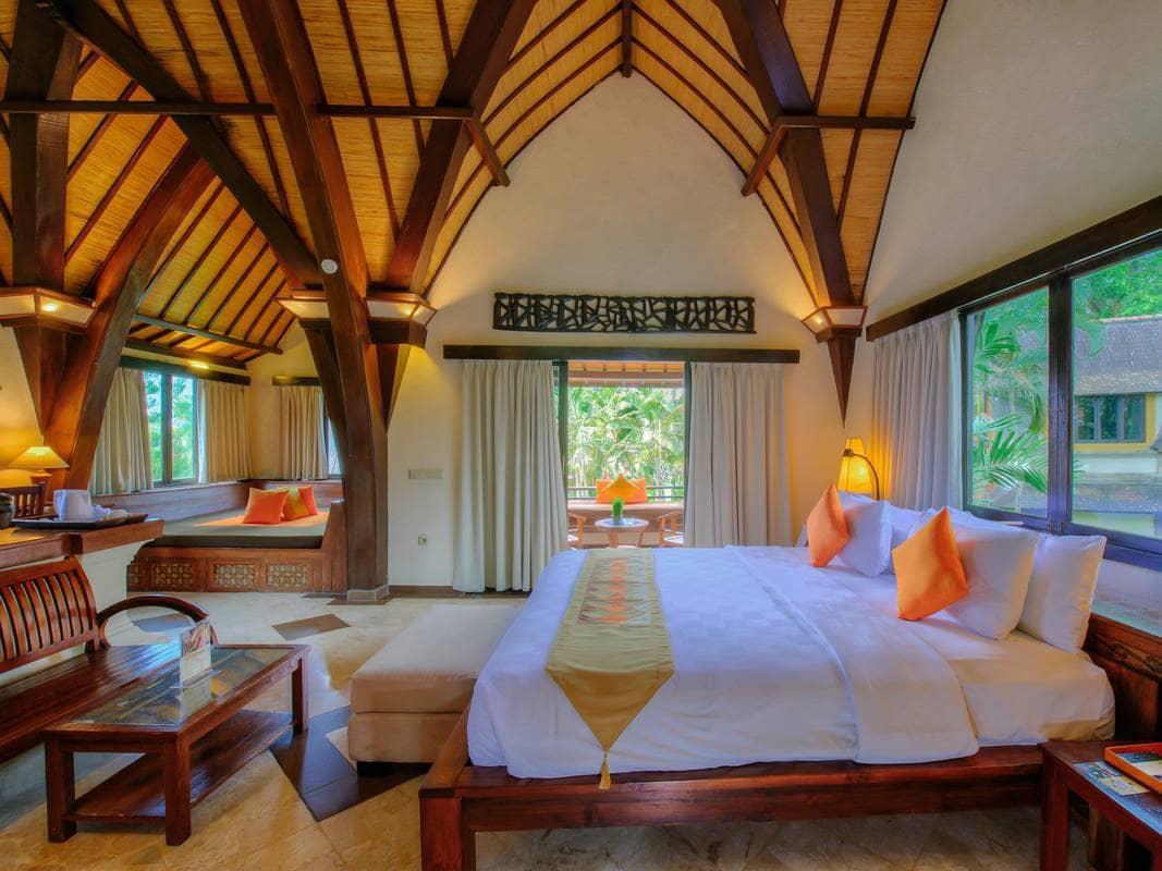villa lumbung hotel seminyak bali bed room