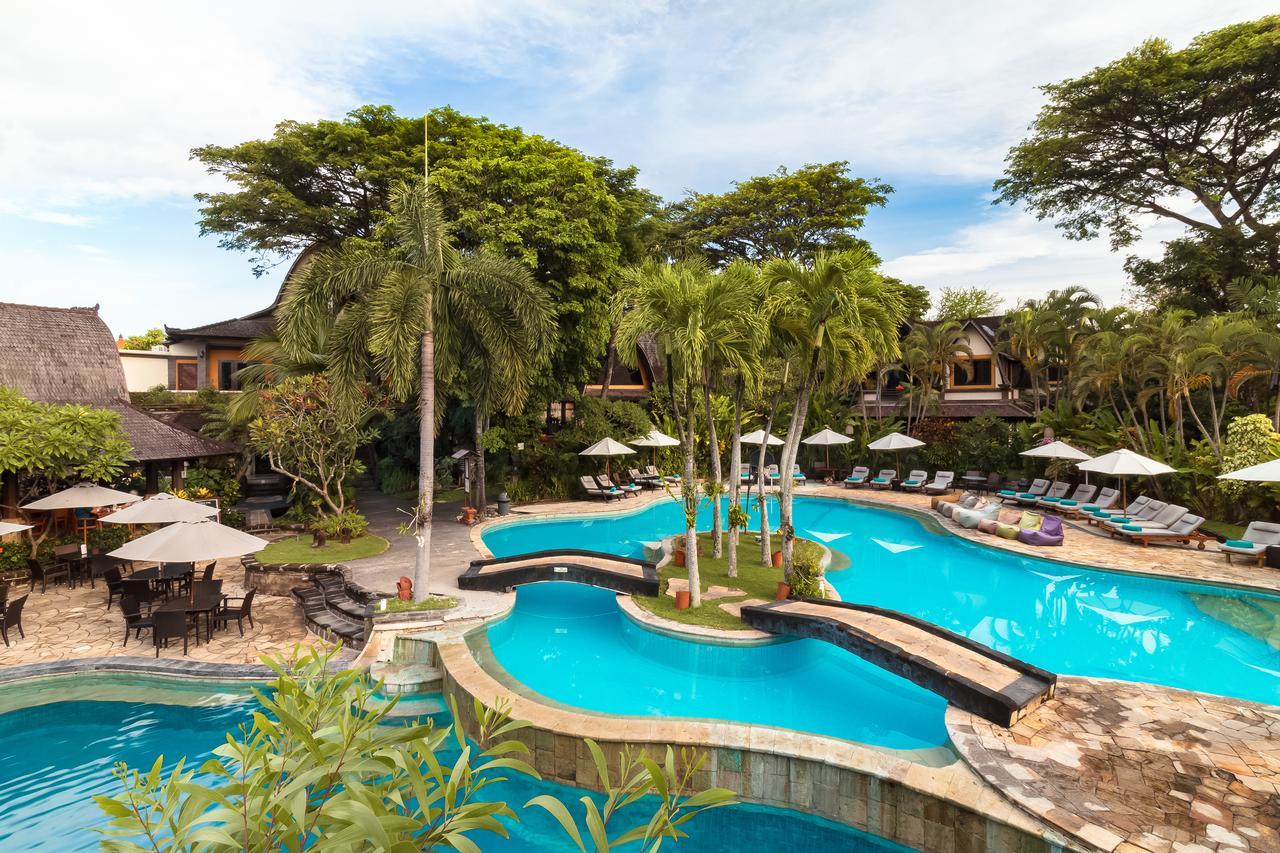 villa lumbung hotel seminyak bali swimmingpool 3