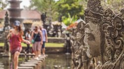 Bali Governor claims over 20,000 foreign tourists booked hotels for November