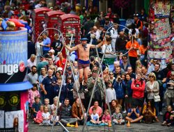 Edinburgh Festival to tackle climate change by asking visitors not to fly