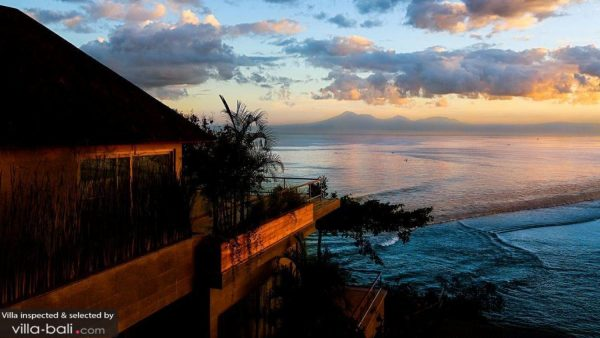 A surfers holiday in Bali: best villas near amazing surf beaches